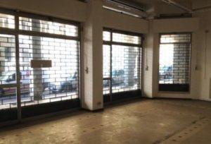 Bergamo, via S. Antonino, vicino Piazza Pontida affittasi grazioso e luminoso negozio di 90 mq