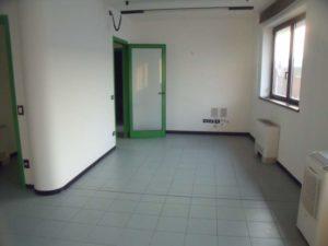 Bergamo Redona, Via Correnti, affittasi ufficio di 70 mq